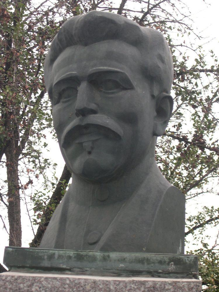 Бюст М.Б. Грекова