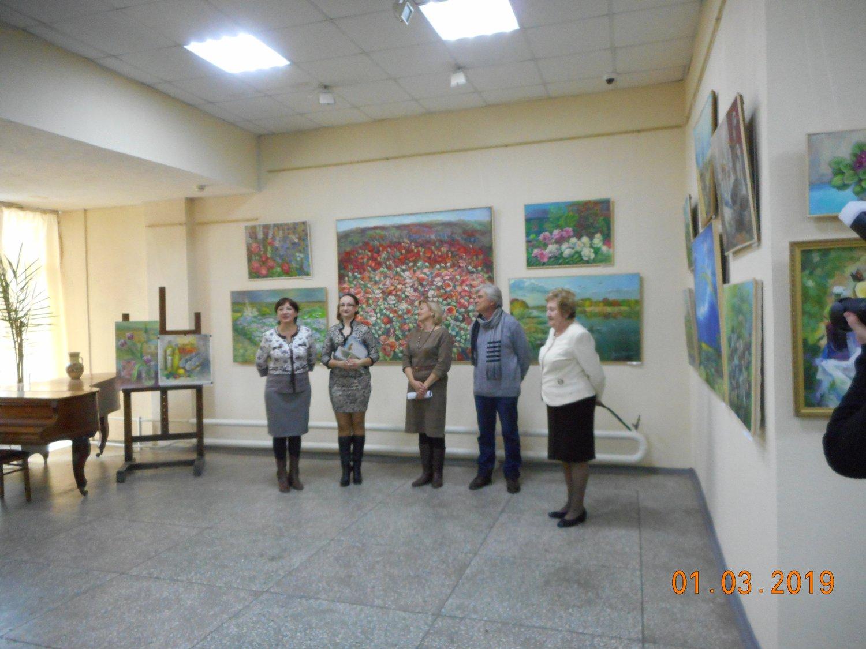 Персональная выставка Анжелики Шуст «На солнечном Дону».