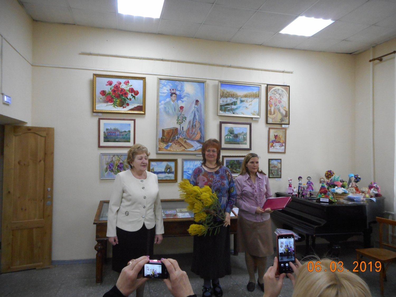 19 выставка творческого объединения «Женская палитра»