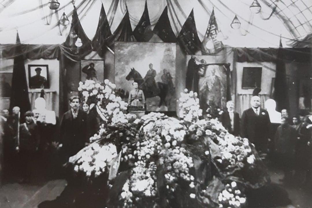 День памяти художника-баталиста Митрофана Борисовича Грекова.